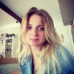 Оксана Лавринович
