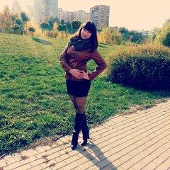 Яна Азовцева