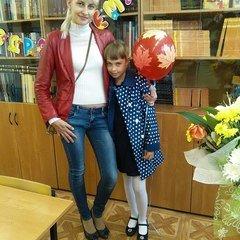 Елена Суланова