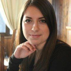 Елена Чалабиева