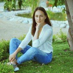 Анна Чеченева