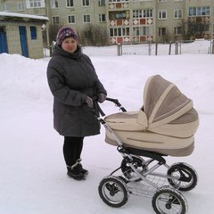 Маришка Карпова