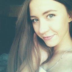 Анна Козинова